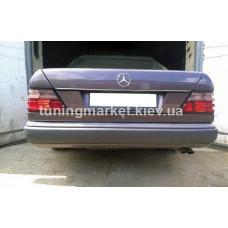 Накладка на задний номер Mercedes W124